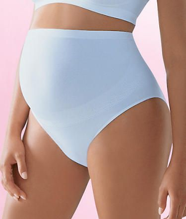 Cover yourself comfortably with the Anita Maternity Full Coverage Panty.