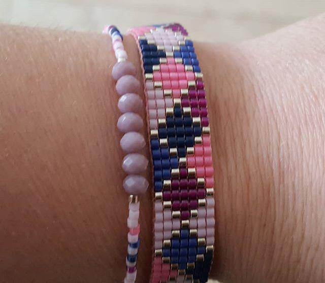 Miyuki Delica weefarmbandje in verschilde kleuren paars #handmadejewelry #madewithlove #handmade #miyuki #weefarmbandjes #paars #blue #purple #blauw #zilver #silver  #beads #kralen #beadsandbasics #deletobeads