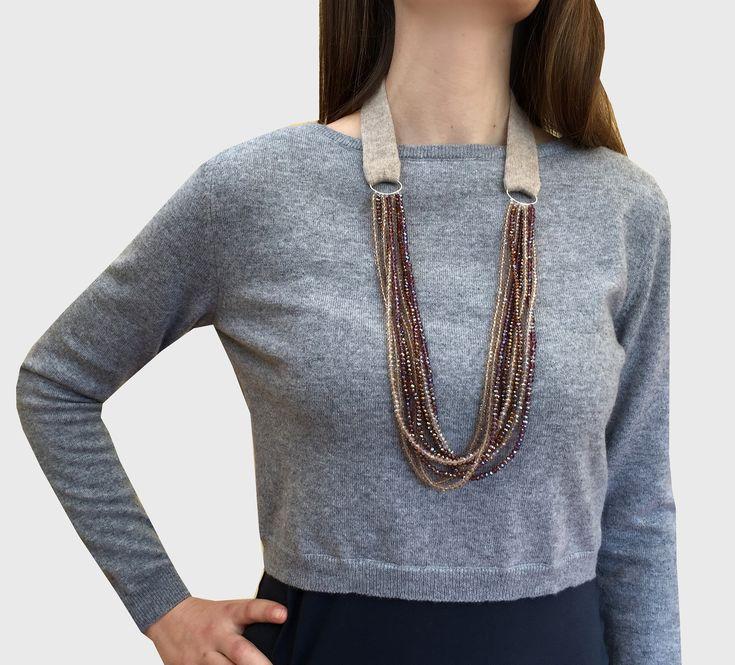 collane fatte a mano, collane di lana, collana elegante, collana lunga, collana con perline, collana girocollo, gioielli , collana vistosa