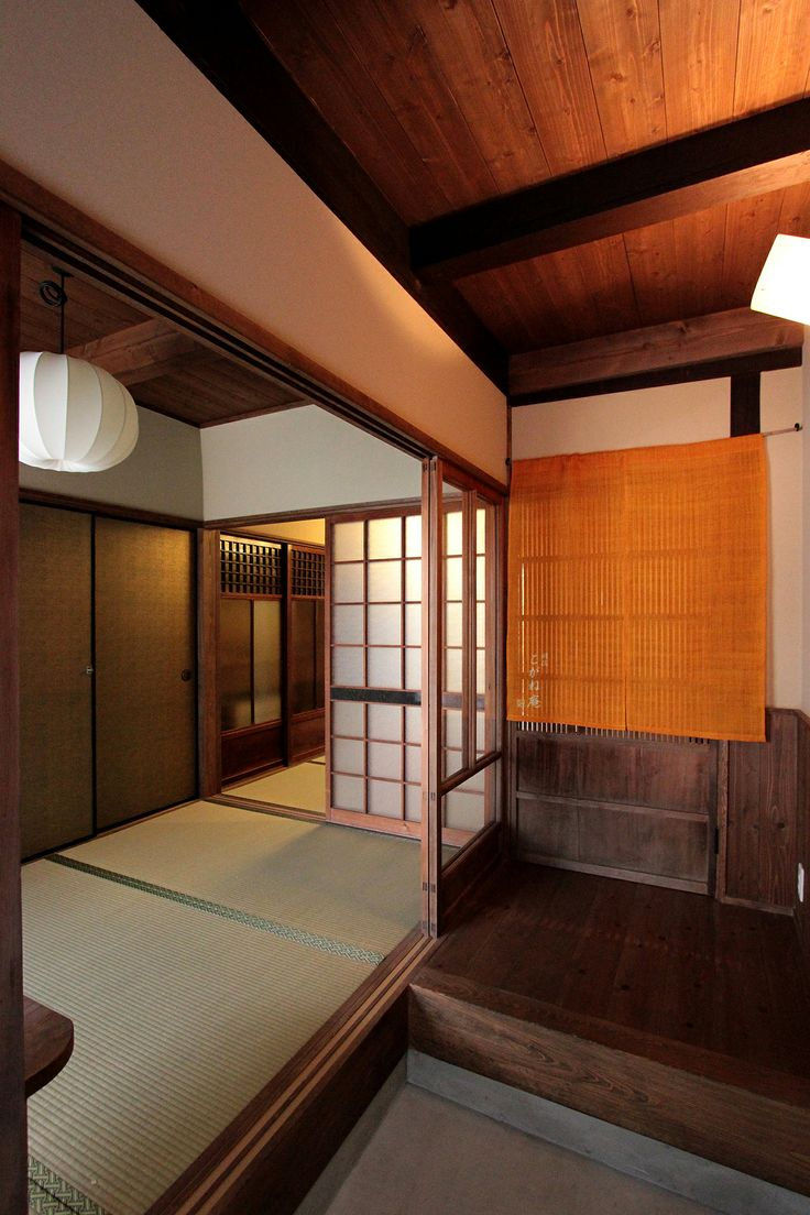 京都の伝統家屋 町家の貸切の宿 明倫こがね庵_玄関 kyoyadoya Japan kyoto machiya inn