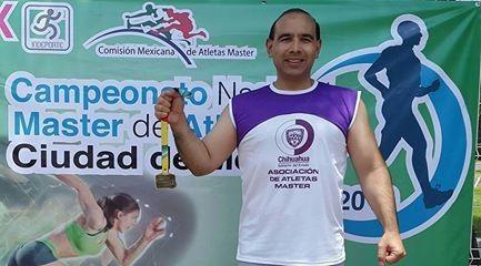 Obtiene diputado medalla de oro en lanzamiento de disco en Campeonato Nacional de Atletismo Master | El Puntero