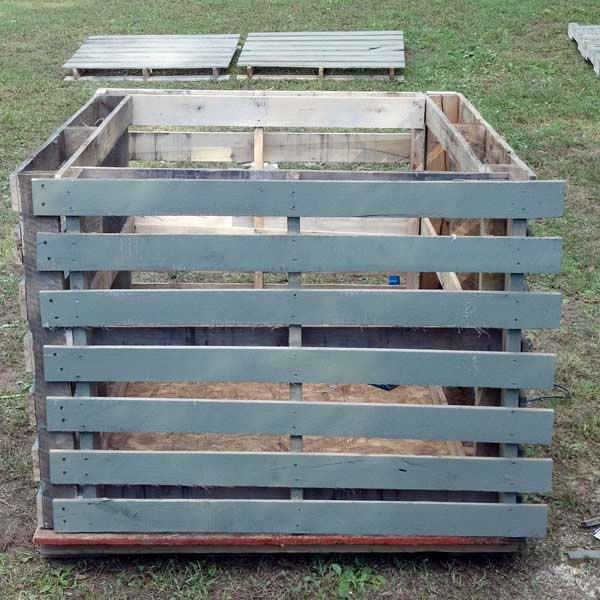 Wooden Pallet Hunting Blind | Projects to Try | Pinterest ...