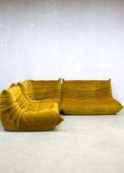 Vintage velours lounge bank Togo Ligne Roset velvet sofa Michael Ducaroy