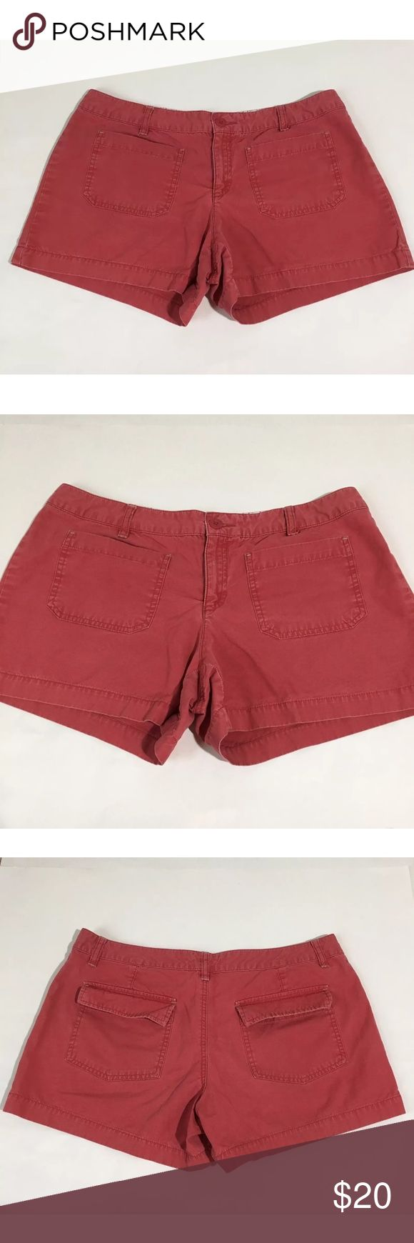"""Women's Old Navy Red Pink Chino Shorts Sz 10 Women's Old Navy red/pink chino shorts. Size 10. Measurements 16"""" waist laying flat, 11.5"""" waist to hem, 3.75"""" inseam. Excellent condition no flaws Old Navy Shorts"""