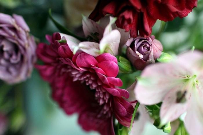 Colorful flowers. Kiitos Hyvää   Trendi