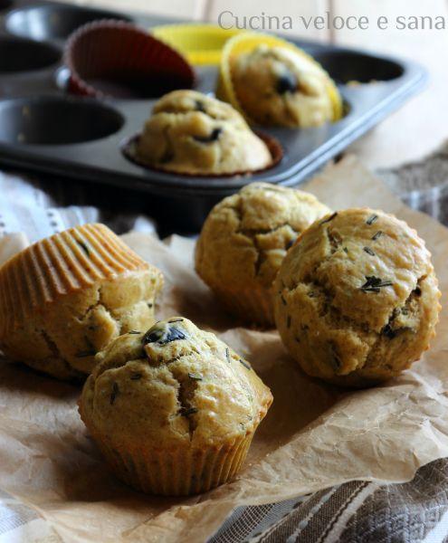 muffin salati alle olive e rosmarino