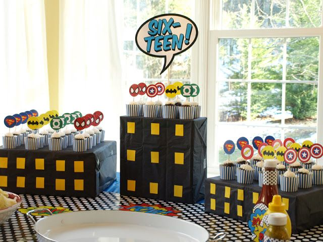 Grant's Super 16 Superhero Birthday Party {With Free Printables!}