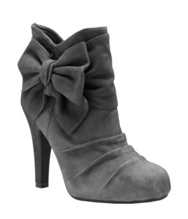 : Su Booty, Ankle Boots, Bows Boots, Cute Boots, Gray Boots, Suede Booty, Bini Halo, Grey Boots, Gianni Bini