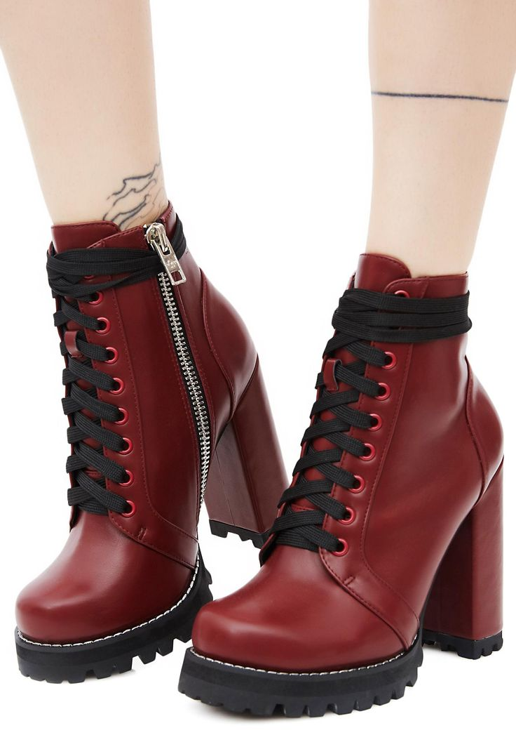 Current Mood Burgundy Imogen Boots will have ya ready to kick some ass! These sikk burgundy boots have chunky heels, a lace-up front, and inside zipper closures.