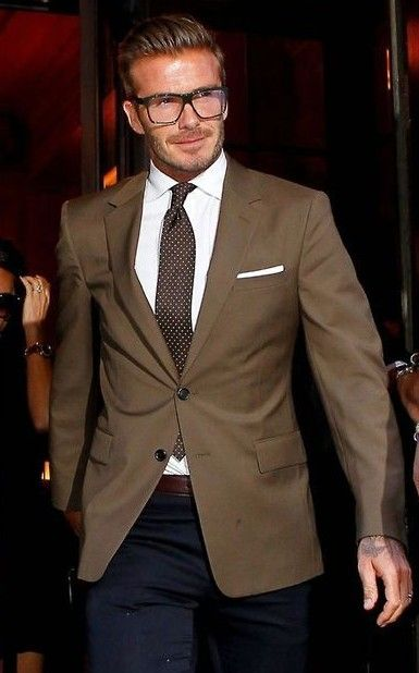 Help me find a similar single breasted blazer as David Beckham's