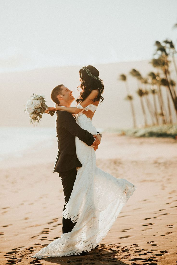 Aaron + Jen in the Paloma wedding engagement hairstyles 18 ...
