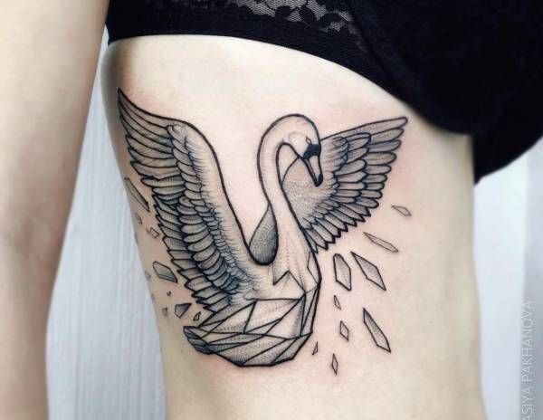 Tatuaż łabędź Znaczenie Historia 20 Zdjęć Pomysł Na
