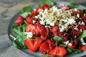 Jordbær bacon salat