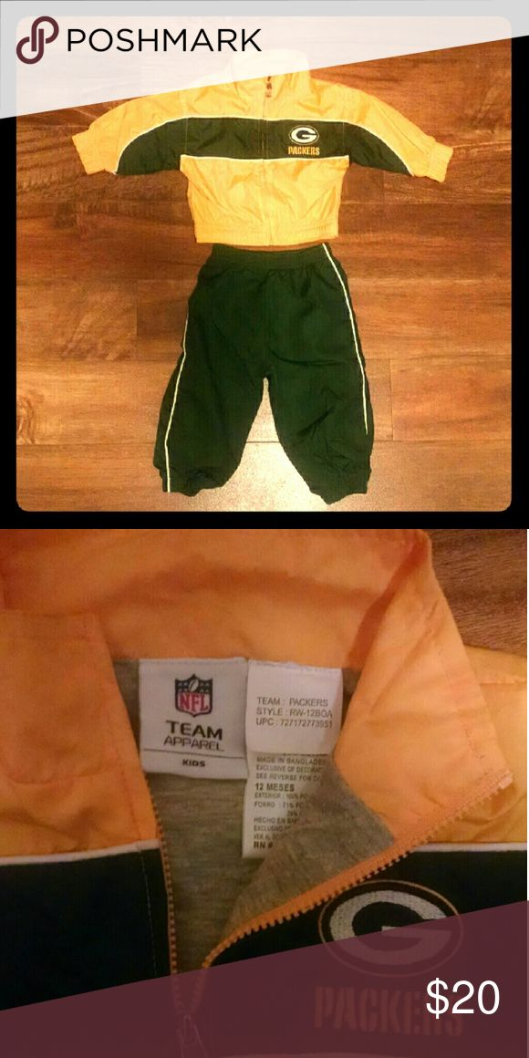 SALE! 🏈 PACKERS Windsuit Sz 12month Used but in like new condition. NFL Matching Sets