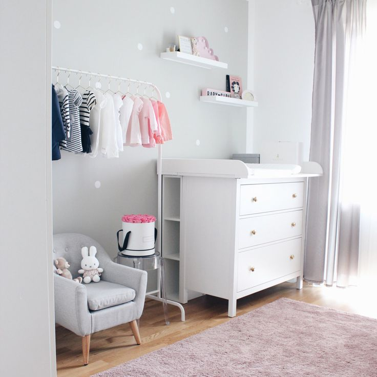 Die besten 25+ Landhaus Babyzimmer Ideen auf Pinterest ...