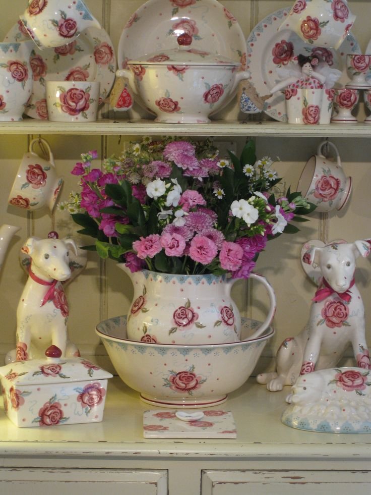 Emma Bridgewater Rose collection