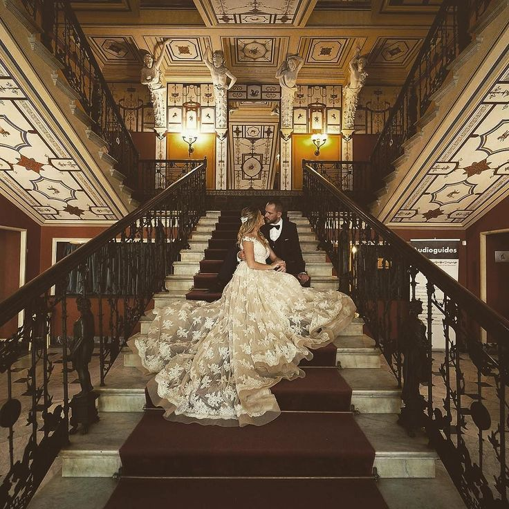 We are in love with @valentinatsoum  #PrimaliciaBrides #realbride