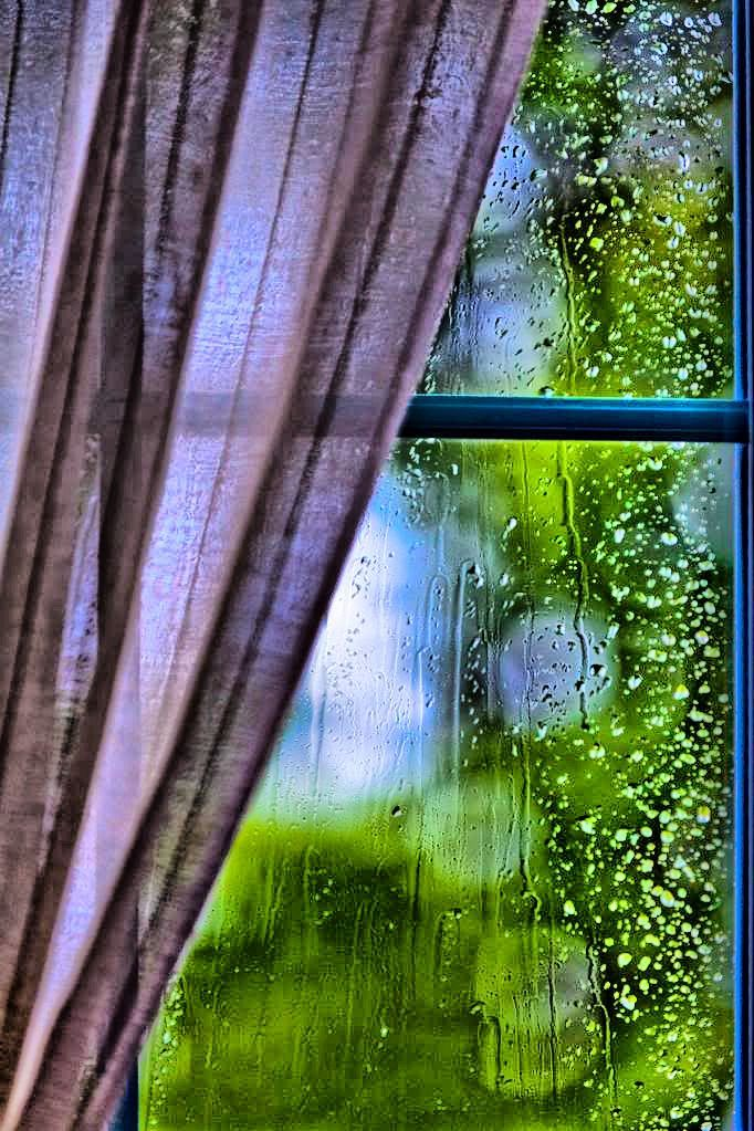 Rain on window......LOVE, LOVE THIS…..THERE IS SOMETHING SO CALM AND  PEACEFUL ABOUT JUST SITTING AND WATCHING IT RAIN……I THINK GOD KNEW THIS AND WHEN HE WANTS US TO CALM DOWN, HE SENDS US THE RAIN……….ccp