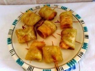 Involtini fritti di melanzane e gamberetti