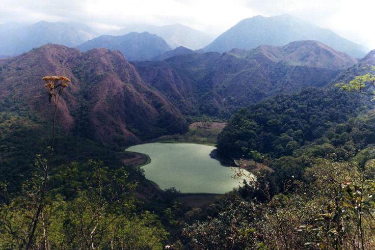 Laguna Escondida, Tucumán. Más sobre viajes en www.facebook.com/viajaportupais