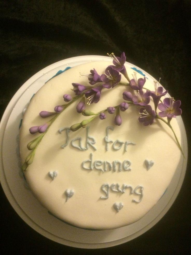 Cake with fresia