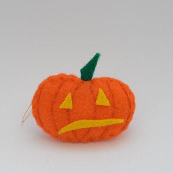 Shaky pumpkin  halloween decor trick or by HalloweenOrChristmas