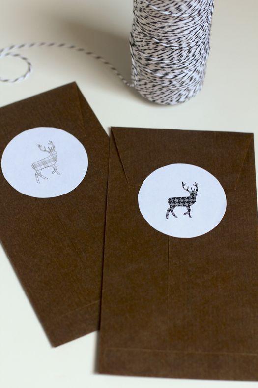 気絶メーカー:印刷可能なトナカイタグ+ステッカー