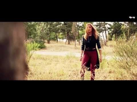 Στέλλα Καλλή - Έτσι κάνω εγώ | Stella Kalli - Etsi kano ego - Official Video Clip (HQ) - YouTube
