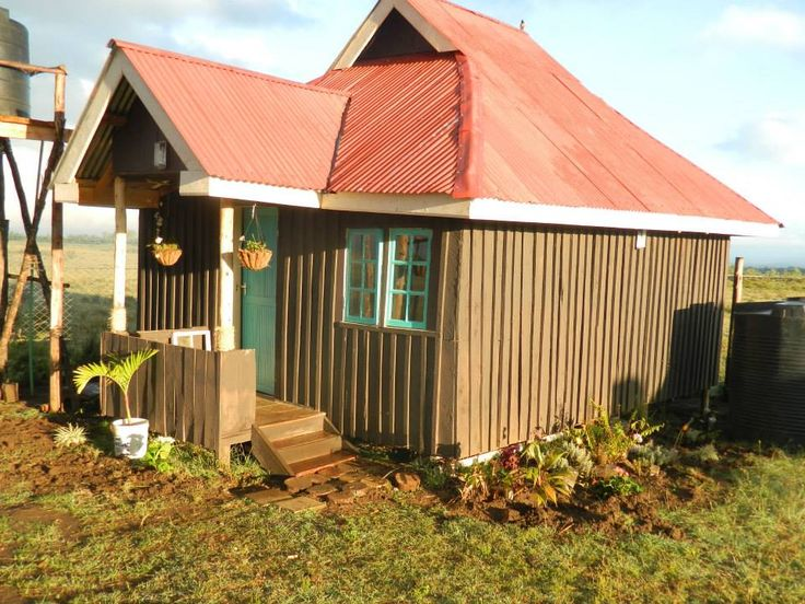 Imani Cottages in Naivasha Kenya, What not to love about that cottage located in a serene environment and you get to see the beautiful wild life.