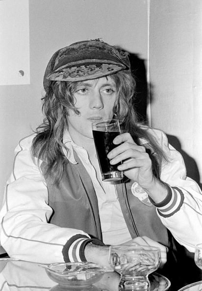 Pin by ashley 💛 on hysterical queens   Roger taylor queen
