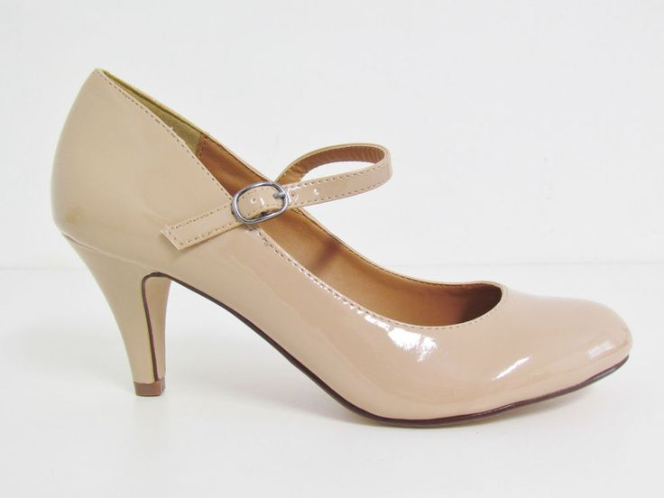 1000  images about Shoes on Pinterest | Kitten heel shoes, Flat ...