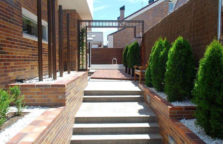 2010 villanueva de la ca ada 212 m2 paisajismo dise o - Diseno jardines madrid ...