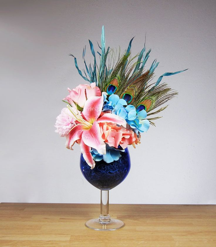 New Peacock Feather Blue And Pink Flower Floral Arrangement In Wine Glass  Vase