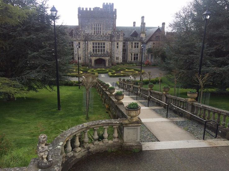 Hatley Castle (Colwood, Canada) - TripAdvisor