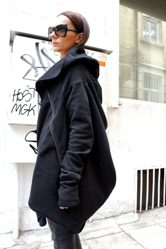 Asymmetryc Extravagant Black Hoodded Coat / Qilted Cottom on Etsy, $103.83 AUD