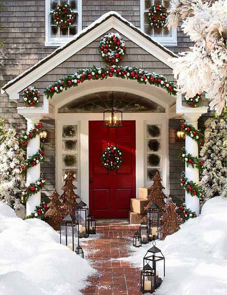 Best 25 large outdoor christmas decorations ideas on - Christmas decorating exterior house ...