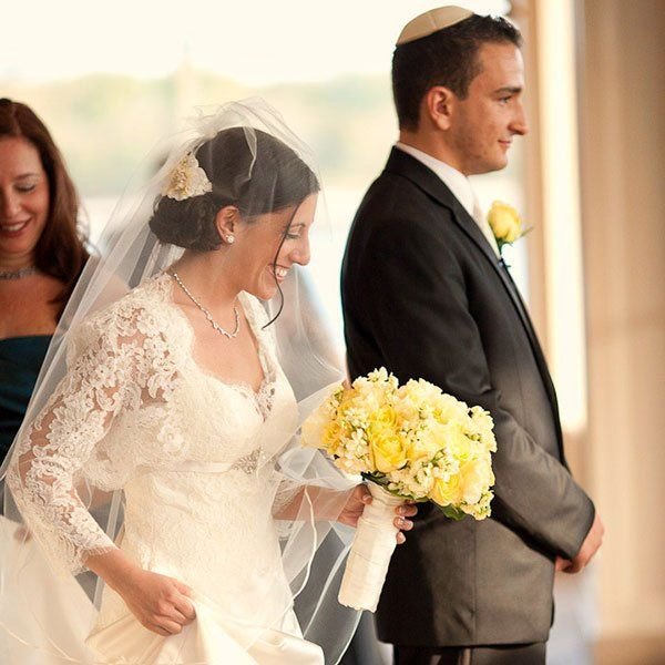 Our Guide to Writing Your Own Vows | BridalGuide