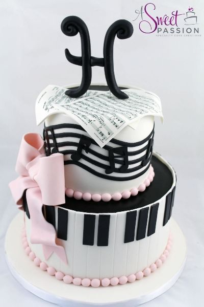 We loved creating this musical themed birthday cake for a music lover turning 50!  The sheet music was custom made for the guest of honor.
