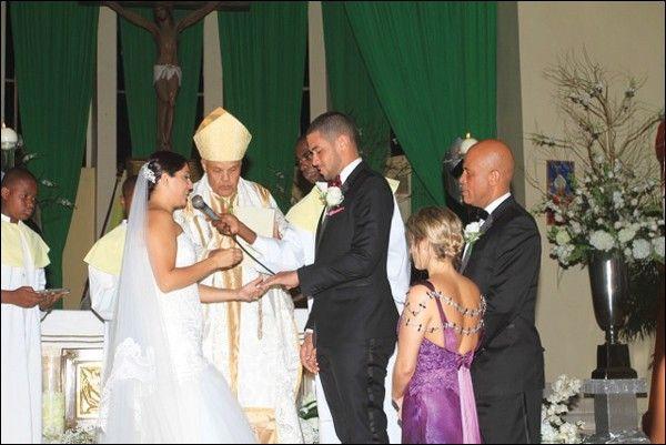 Olivier Martelly, fils ainé du président haitien, s'est marié le 12 octobre 2013 à Bianka Joseph en l'église St Pierre de Pétion-Ville