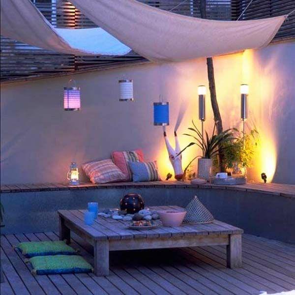 60 DIY Möbel aus Europaletten – erstaunliche Bastelideen für Sie - Möbel holzpaletten beleuchtung kissen lateren garten
