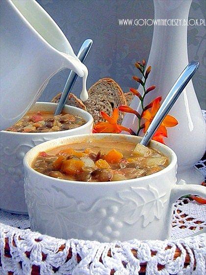 Aromatyczna zupa z zielonej soczewicy