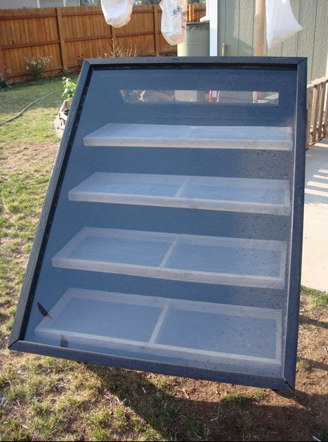 An entire DIY Solar Dehydrator with plans, pictures and video. www.raintogreen.com #solarcooking #solardehydrator #DIY