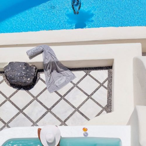 Jump in to the vacation you have ever had with a stay at the Canaves Oia Villa