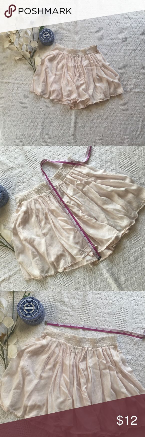 Brandy Melville Pale Pink Pleated Mini skirt Light weight, adorable light pink Brandy Melville mini skirt! -in excellent condition, worn once but sadly way too short for me -would fit an XXS/XS best, although it is labeled one size fits all -measurements pictured -perfect for this summer!  Offers are always welcome! Brandy Melville Skirts Mini