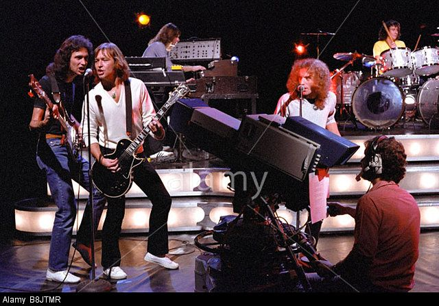 Pop Group Foreigner Recording A Music Video At Matrix Studios New Stock Photo, Picture And Royalty Free Image. Pic. 22542151