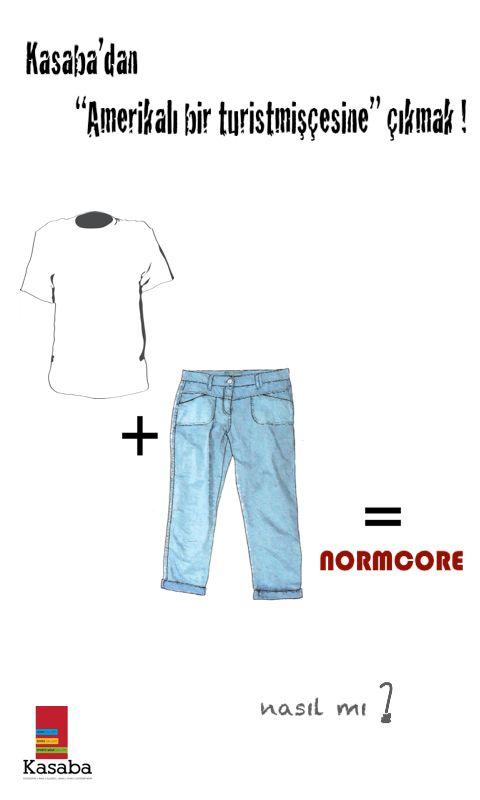 son moda akımı #Normcore; normal giyinmenin 'uğraşılmamış hâli' olarak karşılık buluyor.. dört dörtlük bir normcore olmanın yolu* ise bir jean + bir tişört giyip çıkmaktan geçiyor..  * temel öğeler eşlik edenler; bol kesim sweatshirt'ler, klasik spor şapkalar ve spor ayakkabılar ile sırt çantaları