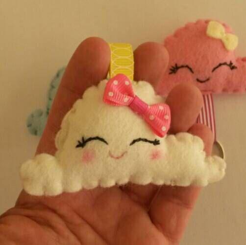 Guarda questo articolo nel mio negozio Etsy https://www.etsy.com/listing/255444480/dolci-nuvolette-bombonieraportachiavi