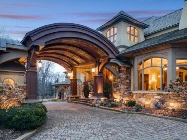 Minneapolis st paul bloomington mn wi in photos the for Most expensive homes in minnesota