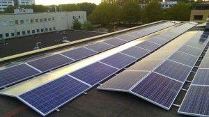 200 zonnepanelen in oost/west opstelling voor Vissers Beheer Nieuwegein, door Pebble Green Systems