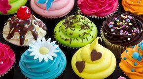 Glacê real, muito usado para decorar bolos e cupcakes, areceita deglacê realé fácil de fazer